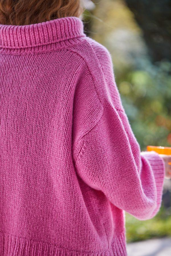 Lässiger Rollkragen-Pullover Christina Detail